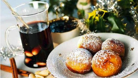 Gløgg Og æbleskiver Mandag Den 16. December